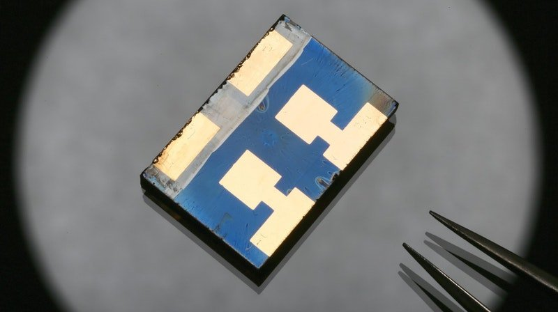 Mystery of negative capacitance in perovskite solar cells solved