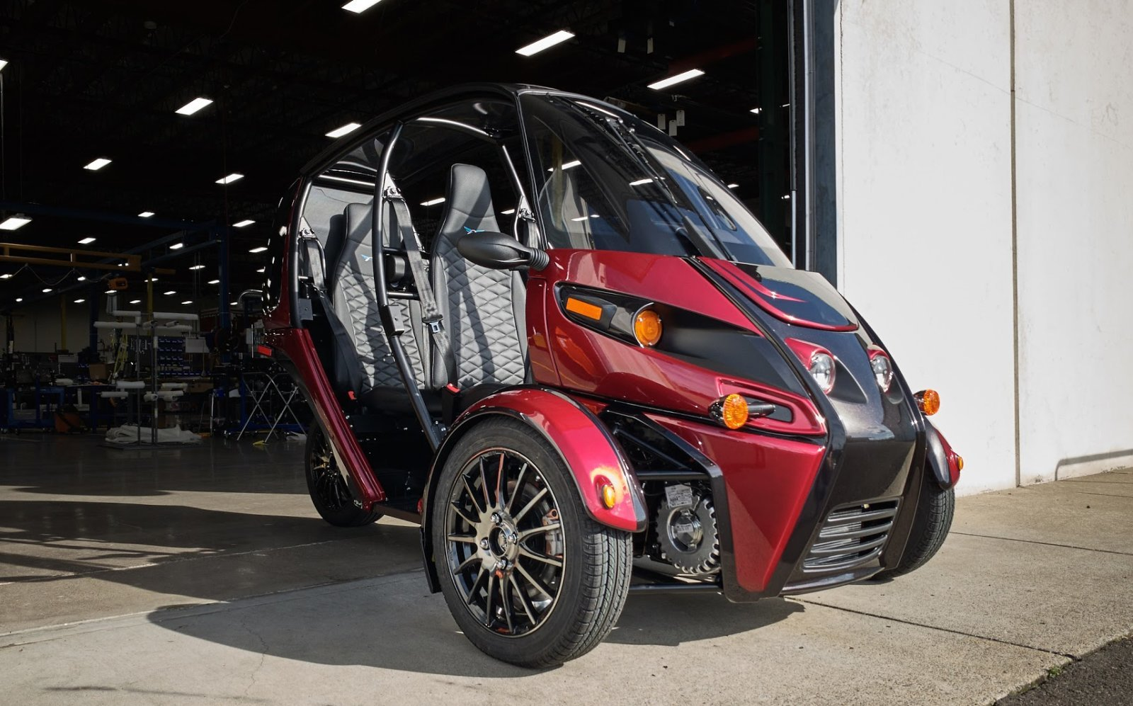 Arcimoto is finally shipping its three-wheeled EV to customers